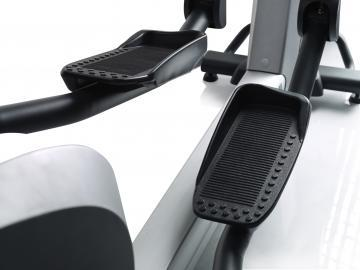 FreeMotion e8.5 Commercial Elliptical
