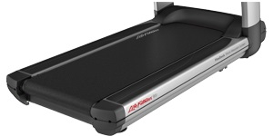 Life Fitness Platinum ClubTreadmill with Discover SI Tablet Console