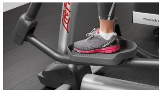 Life Fitness Club Series Cross-Trainer