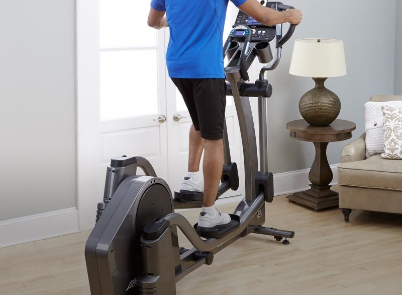 FitnessZone: Life Fitness Ellipticals