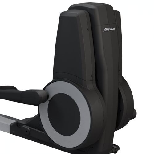 Life Fitness Platinum Club Series Elliptical w/Discover SE Console